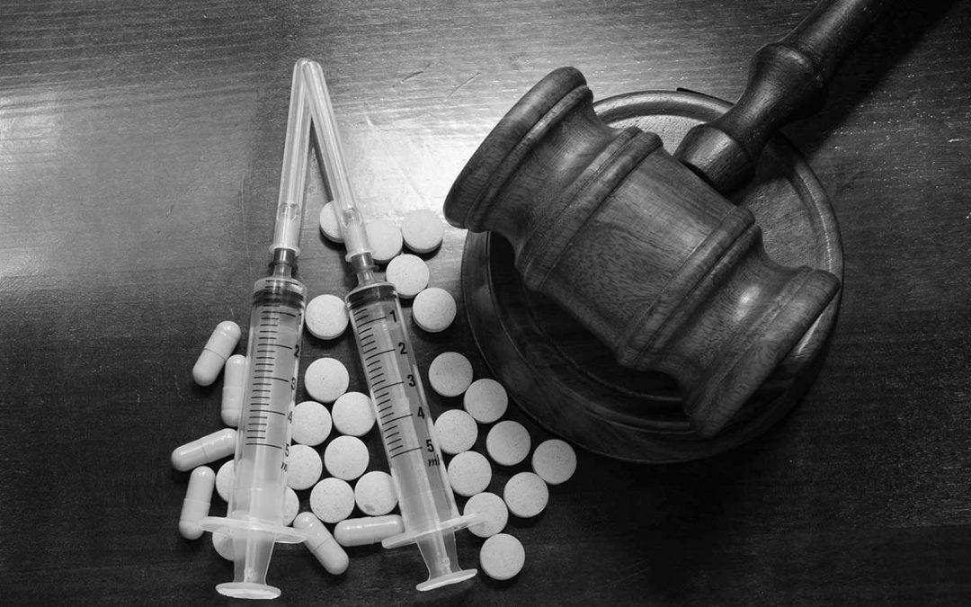 ¿Qué hacer si se le acusa de tráfico de drogas?