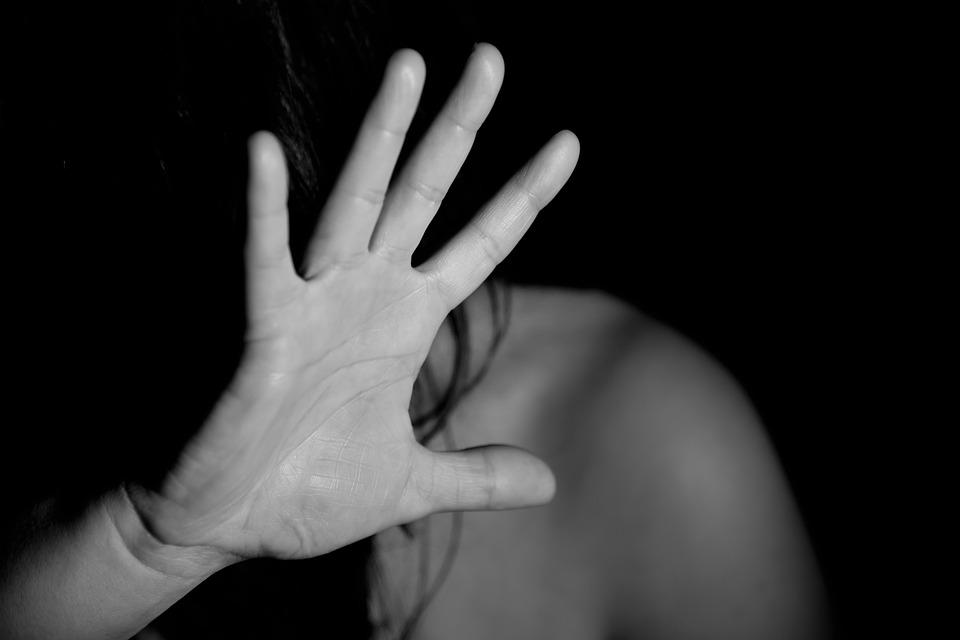 ¿Por qué es necesaria asistencia de un abogado especialista en violencia de género?